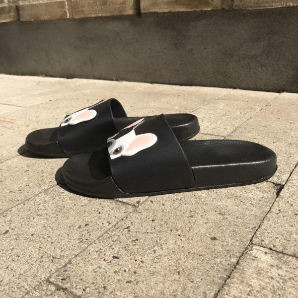 Fransk bulldog sandal